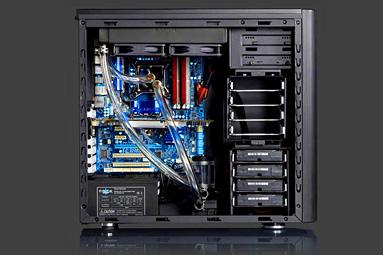 Nové skříně Fractal Design – dostupné ceny především
