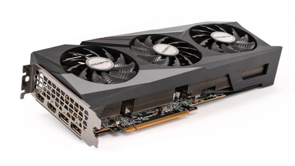 Gigabyte Radeon RX 6600 XT Gaming OC PRO v testu