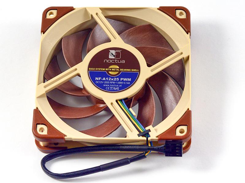 Špičkové ventilátory Noctua NF-A12x25, poprvé ze Sterroxu