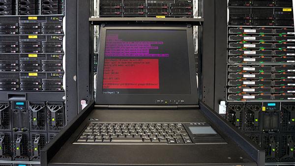 Ostravský superpočítač Anselm odchází do křemíkového nebe