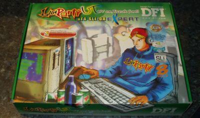 Bleskovka - DFI nF4 Lanparty UT SLI-DR vs. Expert