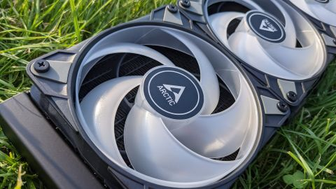 Arctic Liquid Freezer II 360 A-RGB - dobrý výkon s A-RGB podsvietením