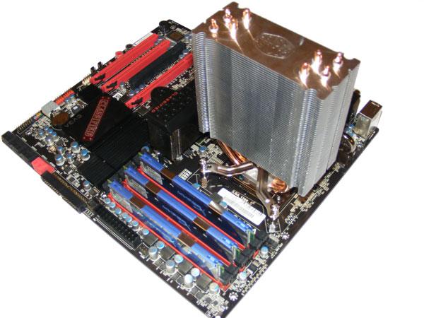 Tři chladiče střední třídy s kontaktní plochou HDT
