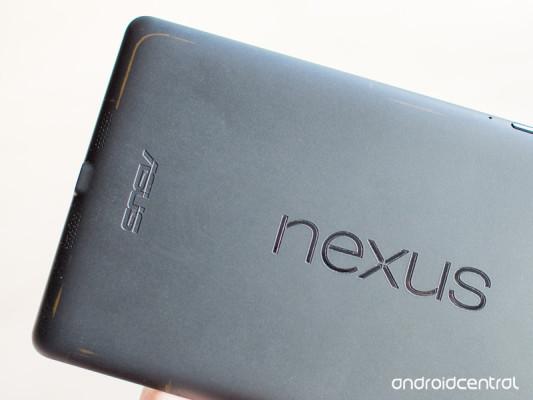 Originální pouzdro může poškodit tablet Nexus 7