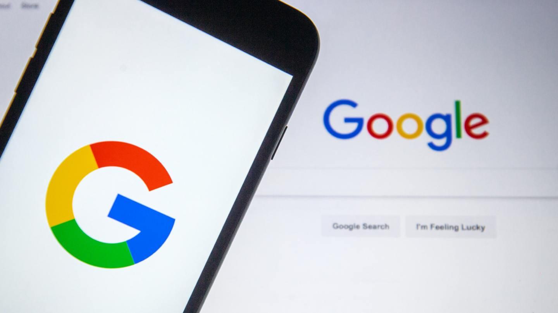 Návody na roušky, Prymula, nebo Covid-19. Jak vypadal rok 2020 podle vyhledávání Googlu?