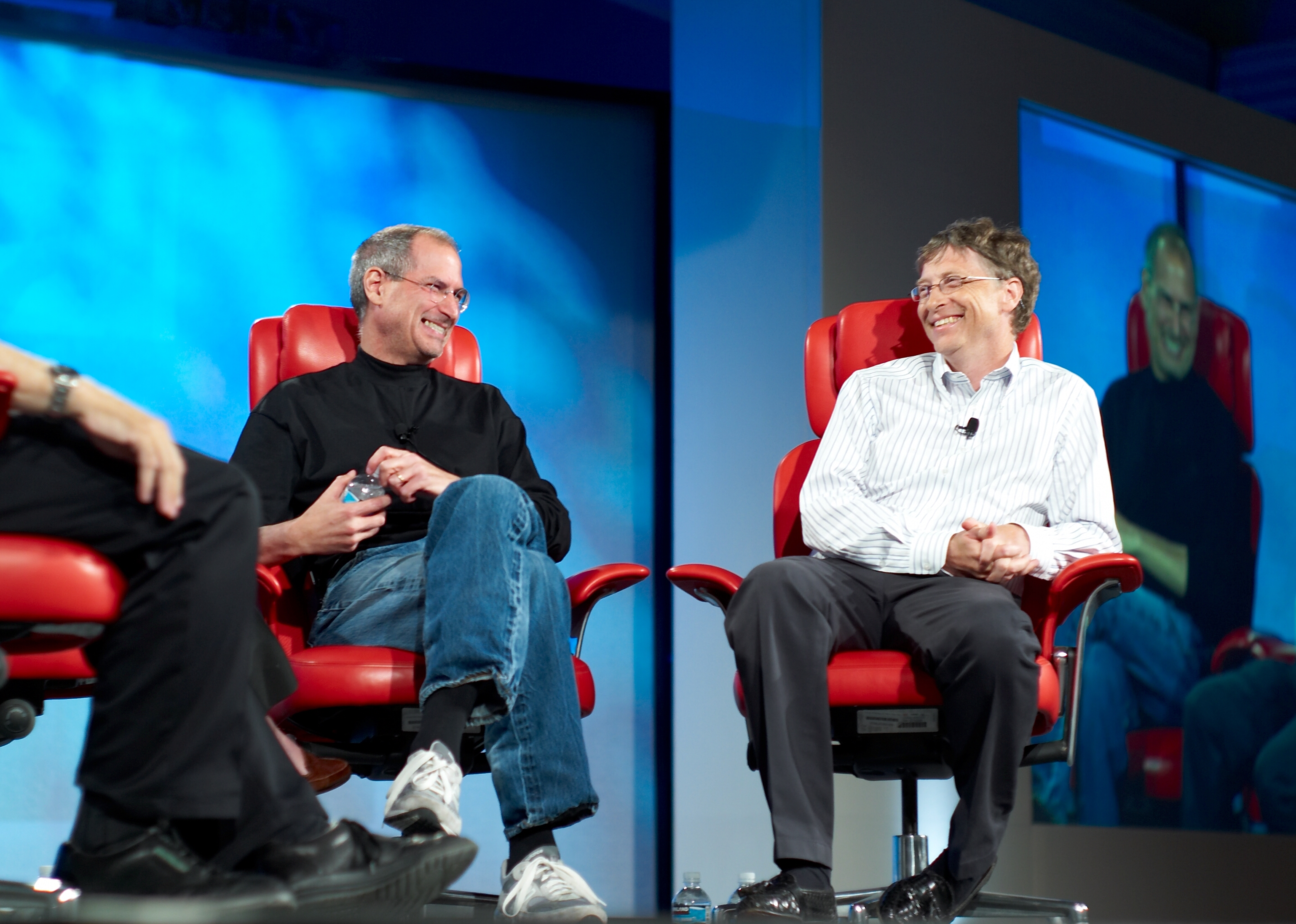 By Joi Ito from Inbamura, Japan - Steve Jobs and Bill Gates on Flickr, CC BY 2.0, Link