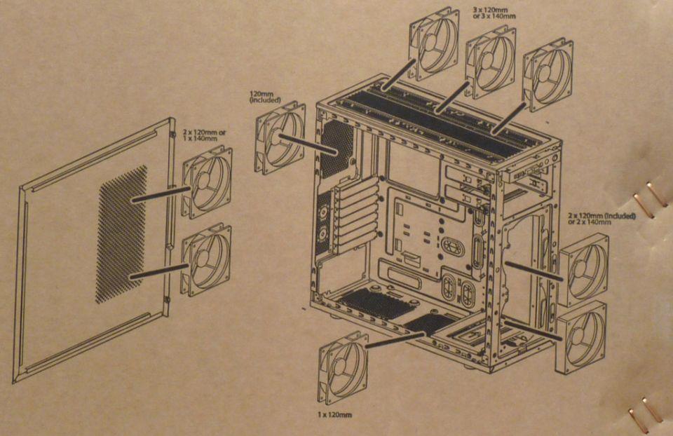 """Supermicro SuperChassis GS50-000R – """"herní"""" skříň"""