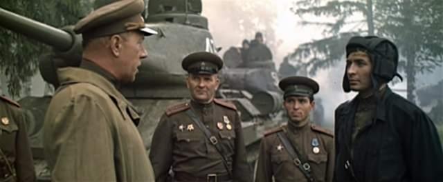 Americké filmy u nás frčely, sovětské válečné filmy na západě... moc ne (Zfilmu Освобождение: Огненная дуга – csfd)