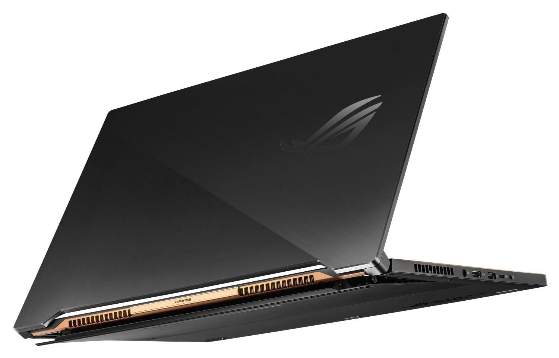 Herní notebook ROG Zephyrus S lze dobíjet přes USB-C