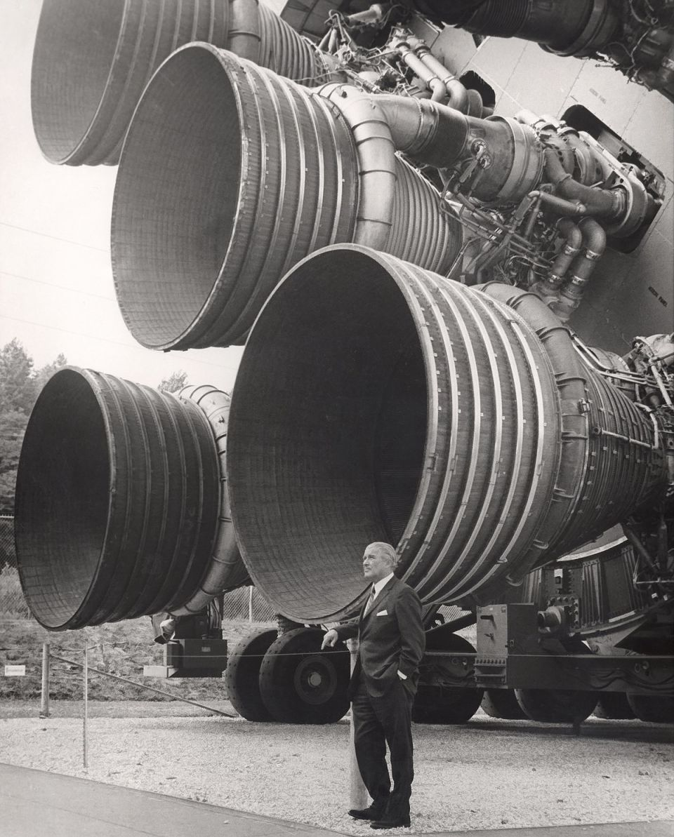 Autor: NASA – NIX #: MSFC-0201422. [1], Alt. URL., Volné dílo, Odkaz
