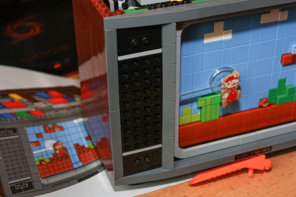 NES, jeho jméno je Lego NES!
