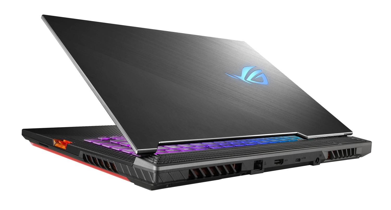 ASUS ROG Strix SCAR III: Špičkový herní notebook míří do prodeje!