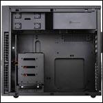 Precision PS07: líbivý mid-tower v černé barvě