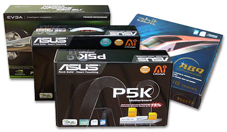 Čtyři základní desky pro platformu Intel: 2x Asus, 1x EVGA, 1x Abit