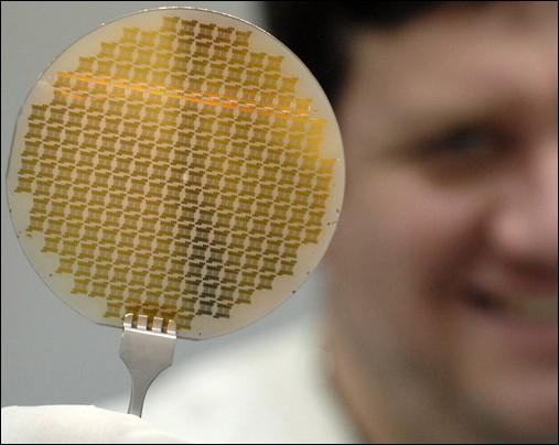 Grafenové procesory by se na trhu měly objevit v roce 2022