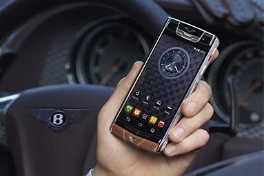 Jsou drahé telefony s Androidem slepou uličkou?