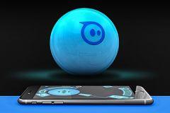 Přichází generace robohraček: Sphero 2.0 v testu