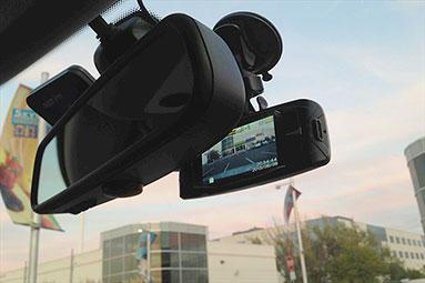 Test kamer do auta DOD: Jakou vybrat na cesty?