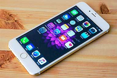 Test falošného smartfónu: iPhone za 1400 korún
