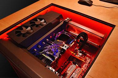 Projekt UDesk: tiché PC zabudované do stolu – dokončení