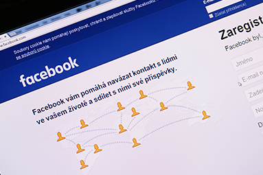 Facebooková hysterie má jméno Cambridge Analytica
