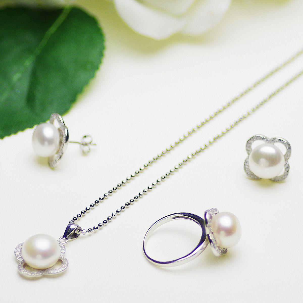 高級淡水真珠 パール ペンダント 約10.5mm シンチュウ 合金 ボタン 母の日 真珠 パール 母の日 ギフト プレゼントの写真
