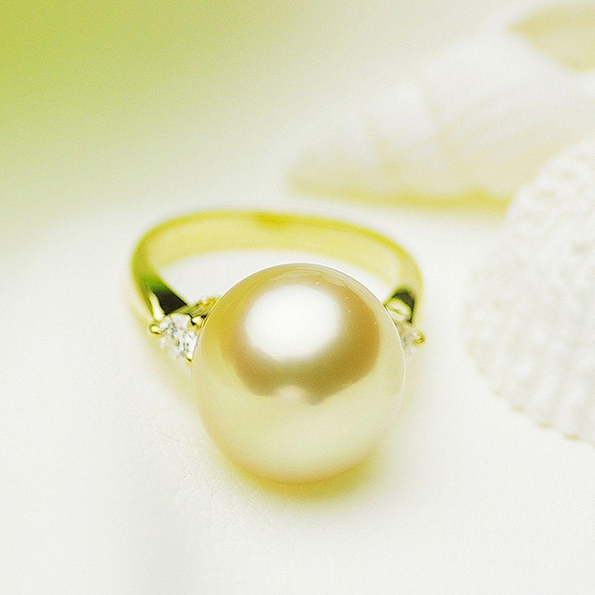 南洋白蝶ゴールデン真珠リング 約11.5mmの写真
