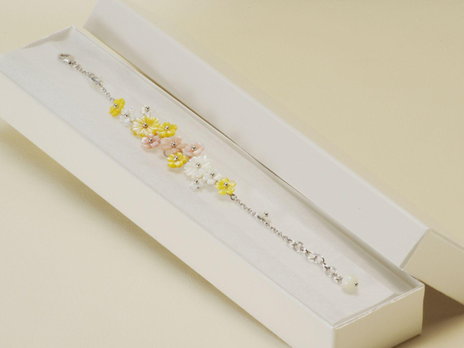 白蝶・池蝶シェルブレスレット 約6.0mmの写真