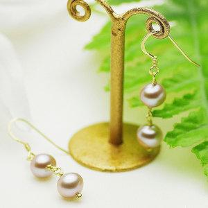 淡水真珠ピアス 約7.0-7.5mmの写真