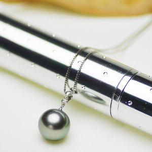 タヒチ黒蝶真珠ペンダント 約13.5mmupの写真