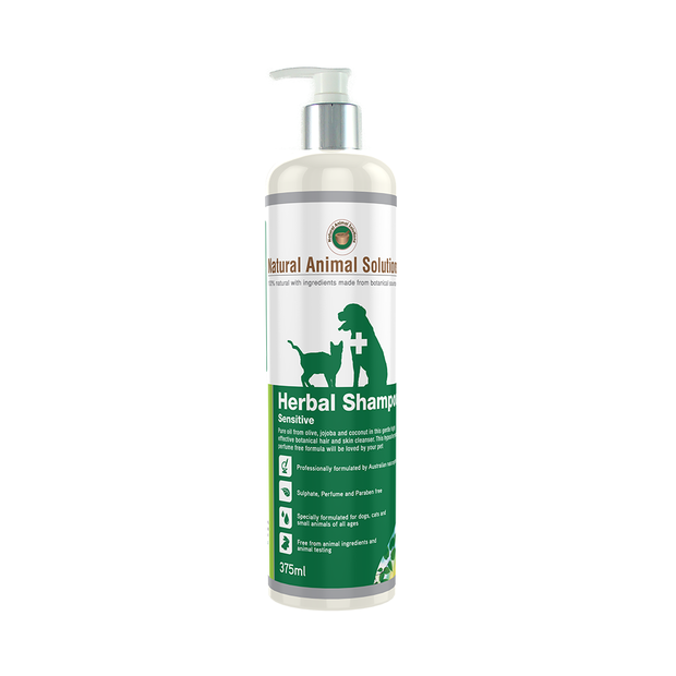natural-animal-solutions-herbal-sensitive-shampoo primary