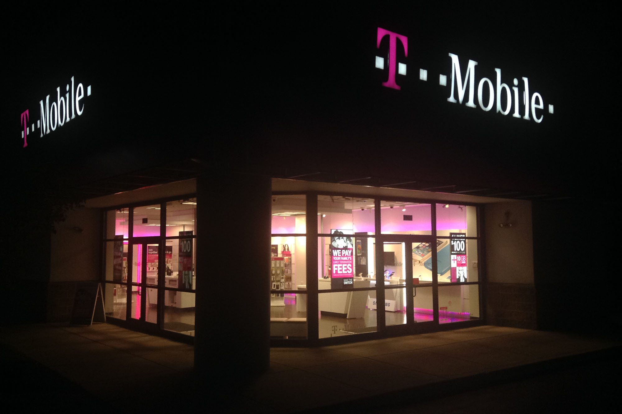 3 reviews of T-Mobile