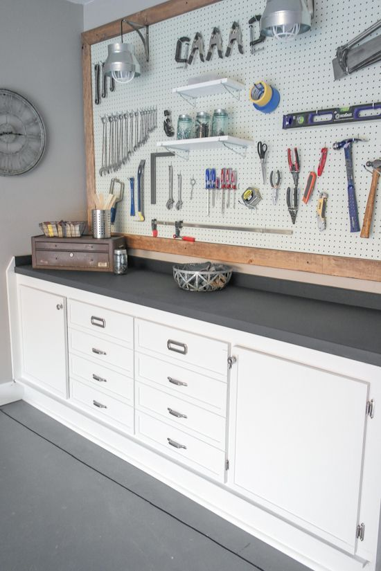 24 awesome diy garage projects diy garage organizing ideas to make keep tidy do it yourself samples solutioingenieria Choice Image