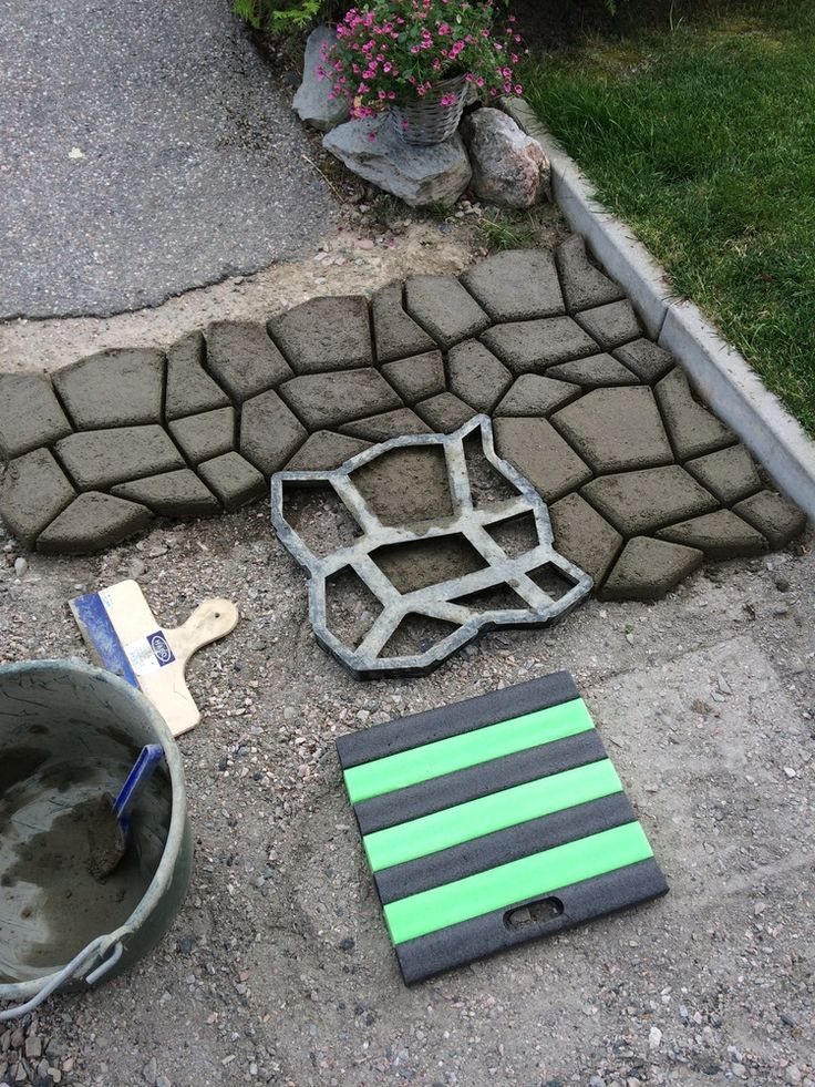 Diy phoenix home services inc diy driveway paving pavement mold patio concrete stepping stone path walk maker materialppresin size42x43cm colorblack package included1x mulch film solutioingenieria Choice Image