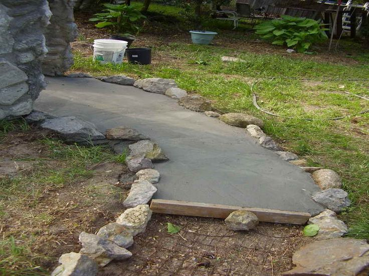 24+ Awesome DIY Walkway Projects