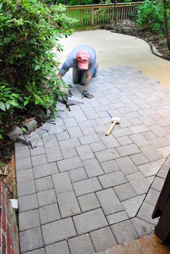 24 awesome diy patio projects how to lay a paver patio gravel sand and stones young house love solutioingenieria Choice Image
