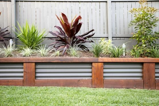 Retaining Wall Design Ideas By Utopia Landscape Design   This Page Has Lots  Of Different Wall Designs And Materials.