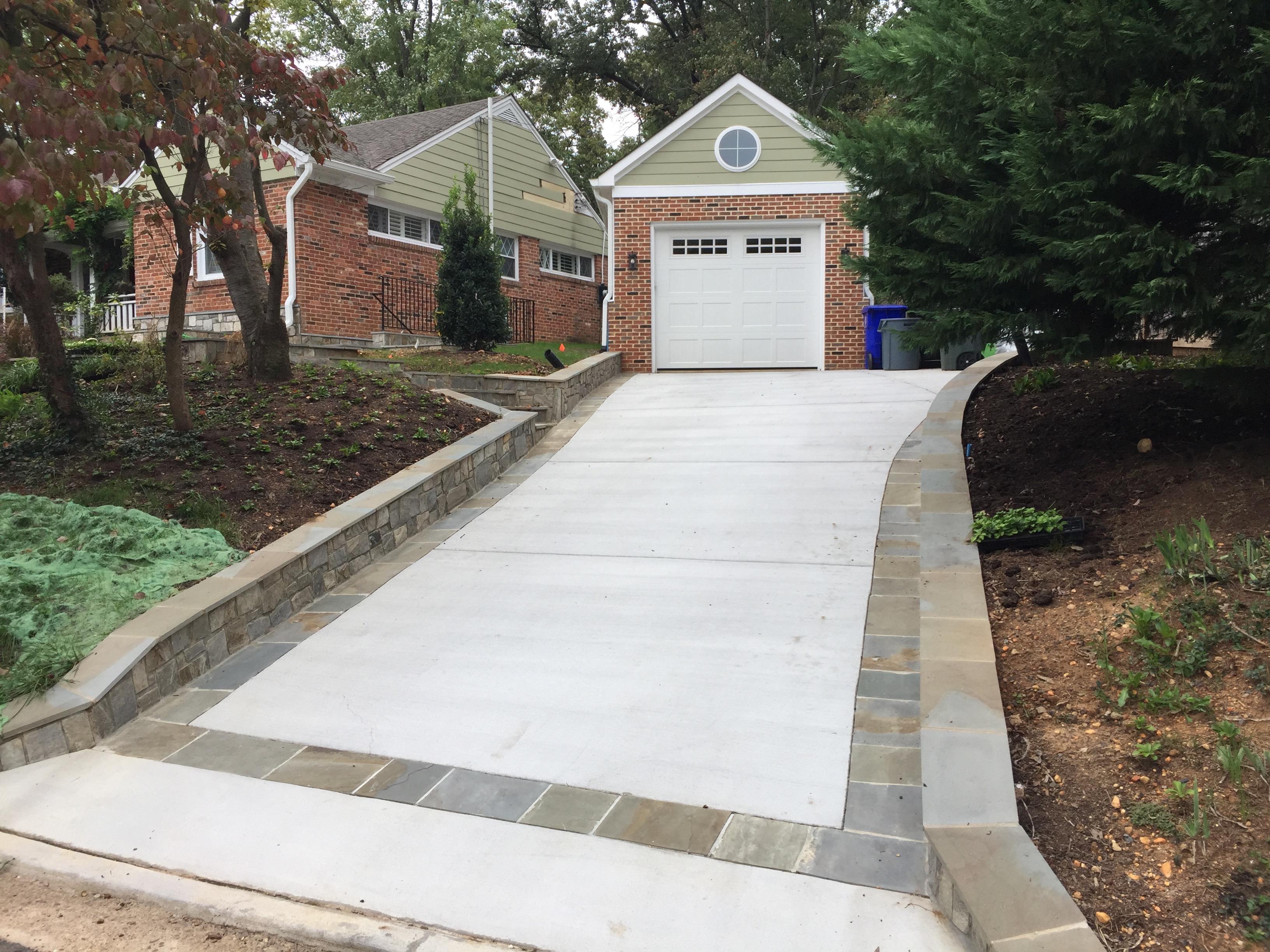 NoVA\'s Top Driveway Contractors - Get a Free Estimate Online Now