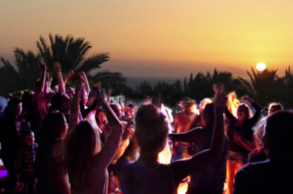 Beach Party Night at Côte d'Azur