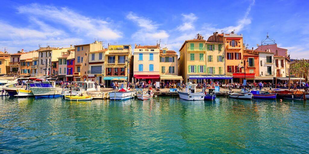 Province city Cassis and the famous port