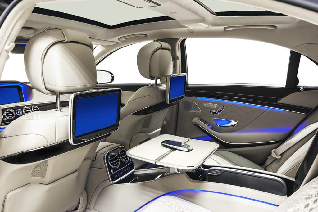 Luxury Limousine fully equipped for business Chauffeur Service requests