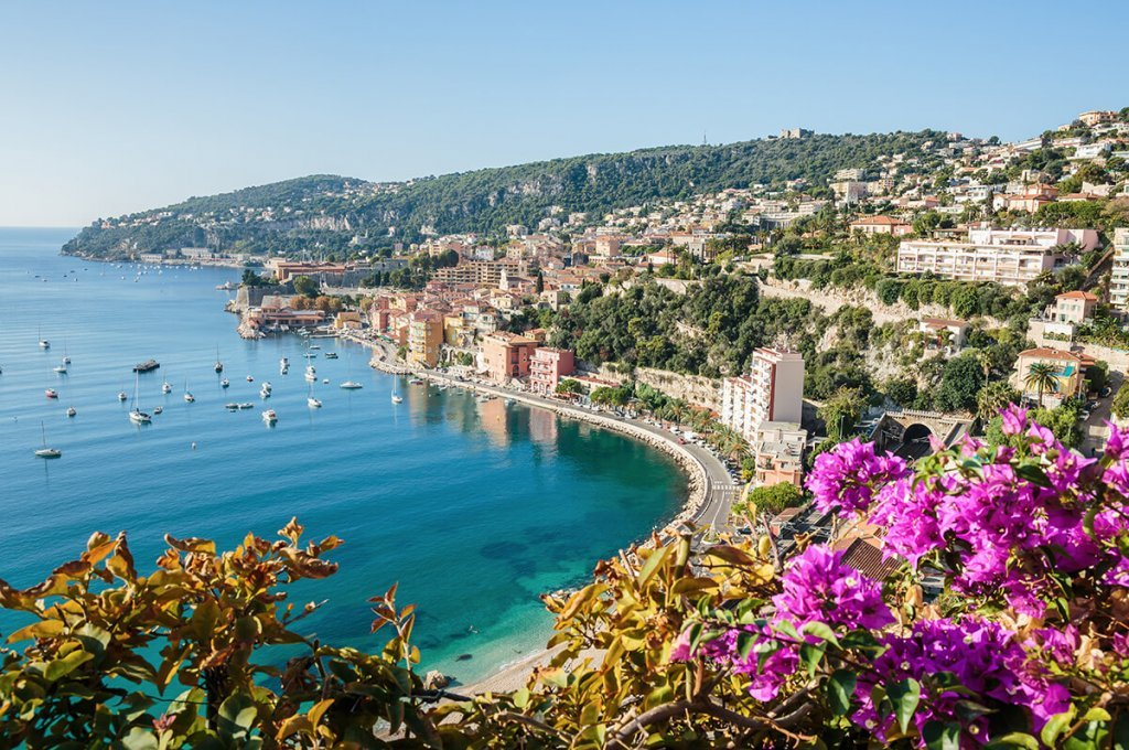 Rent a car at the Côte d'Azur