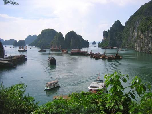 View from the surprise cave, Halong Bay, Quang Ninh, Vietnam - Vịnh Hạ Long, Quảng Ninh, Việt Nam