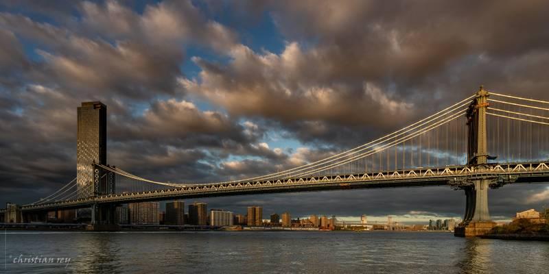 Manhattan Bridge from Jane's Carousel