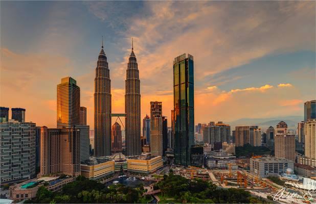 Petronas Golden hour , Kuala Lumpur