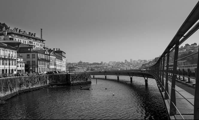 Viaduto do Cais das Pedras - Oporto