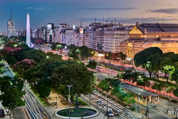 Avenida 9 de Julio - Buenos Aires, Argentina