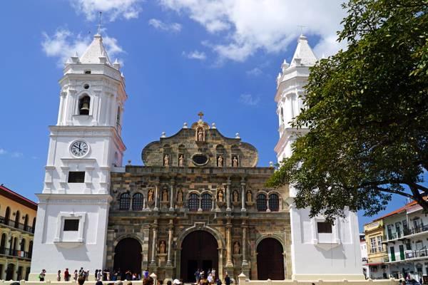 Panama Metropolitan Cathedral, Casco Viejo