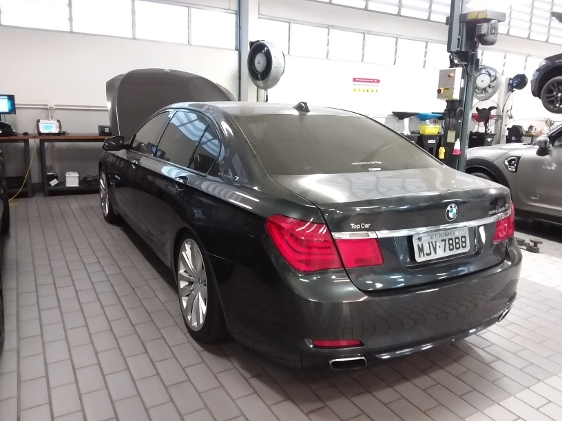 BMW 750I ACTIVEHYBRID