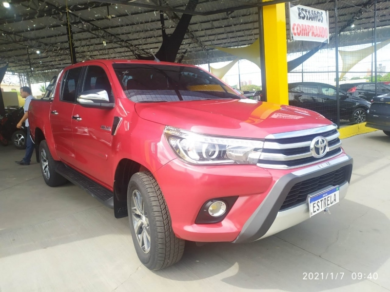 HILUX2.8 SRX 4X4 CD 16V DIESEL 4P AUTOMATICO
